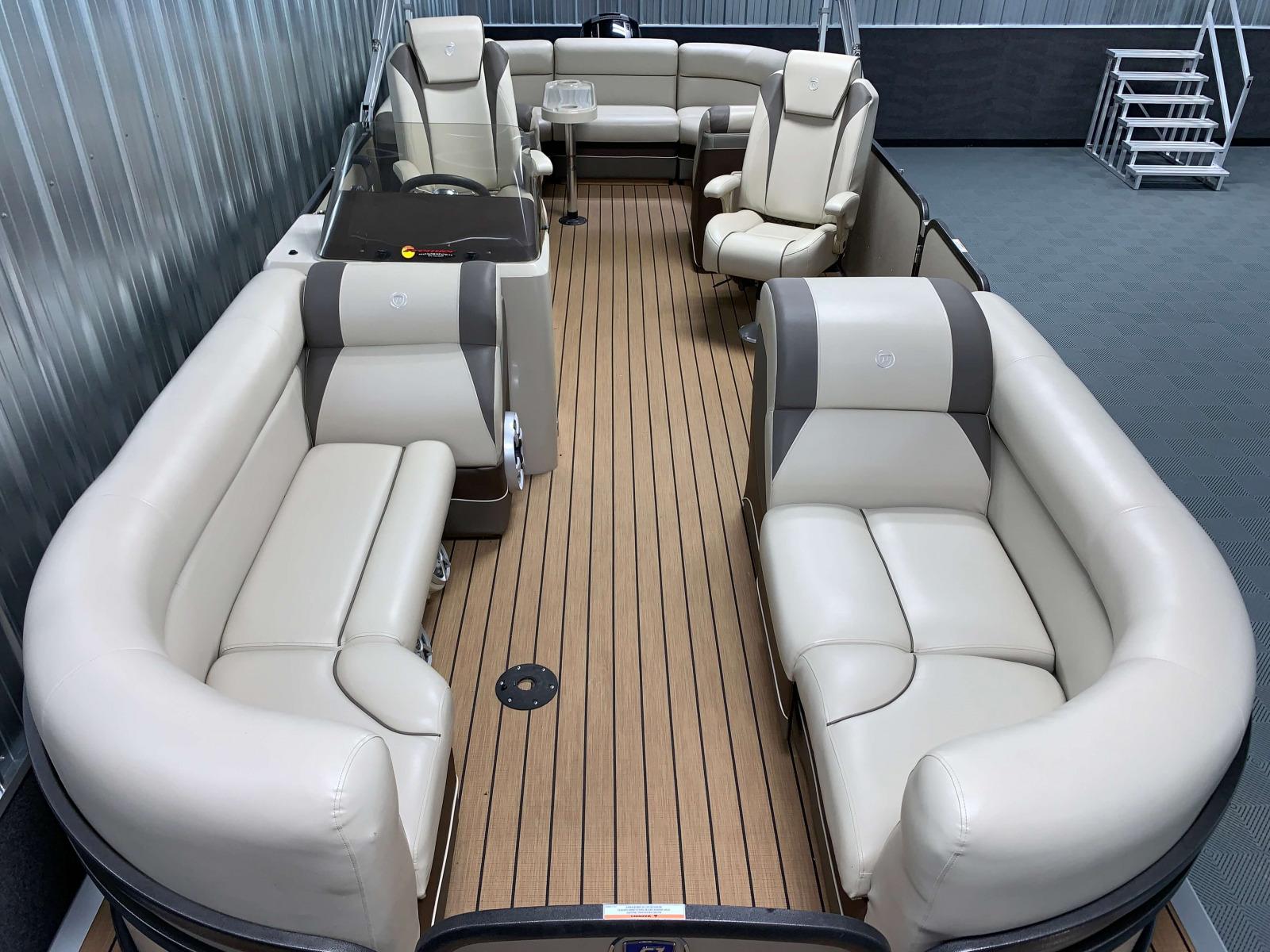 Interior Layout of the 2017 Premier 250 Solaris RF Pontoon Boat