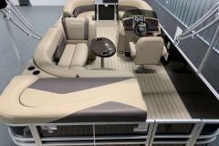 Interior Layout of a 2021 Sylvan Mirage 820 Cruise Pontoon 4