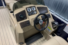 2020-Sylvan-Mirage-820-Cruise-Pontoon-Console-3