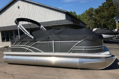 Black Playpen Cover of a 2021 Sylvan Mirage 820 Cruise Pontoon