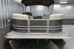 Bow Swim Deck of a 2021 Sylvan Mirage 8520 Cruise Tritoon Boat
