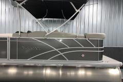 D-Rail Panel Design of a 2021 Sylvan Mirage 8520 Cruise Tritoon Boat