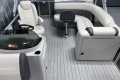 Pop-Up Changing Room of a 2021 Sylvan Mirage 8520 Cruise Tritoon Boat