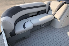 Soft Touch Vinyl Furniture of the 2021 Sylvan L1 Cruise Pontoon Boat