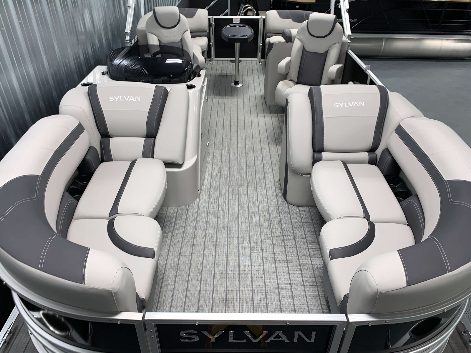 Interior Layout of the 2021 Sylvan L1 LZ Pontoon Boat