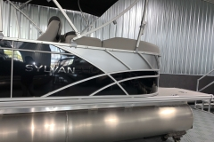 Silver Exterior Accents of the 2021 Sylvan L1 LZ Pontoon Boat