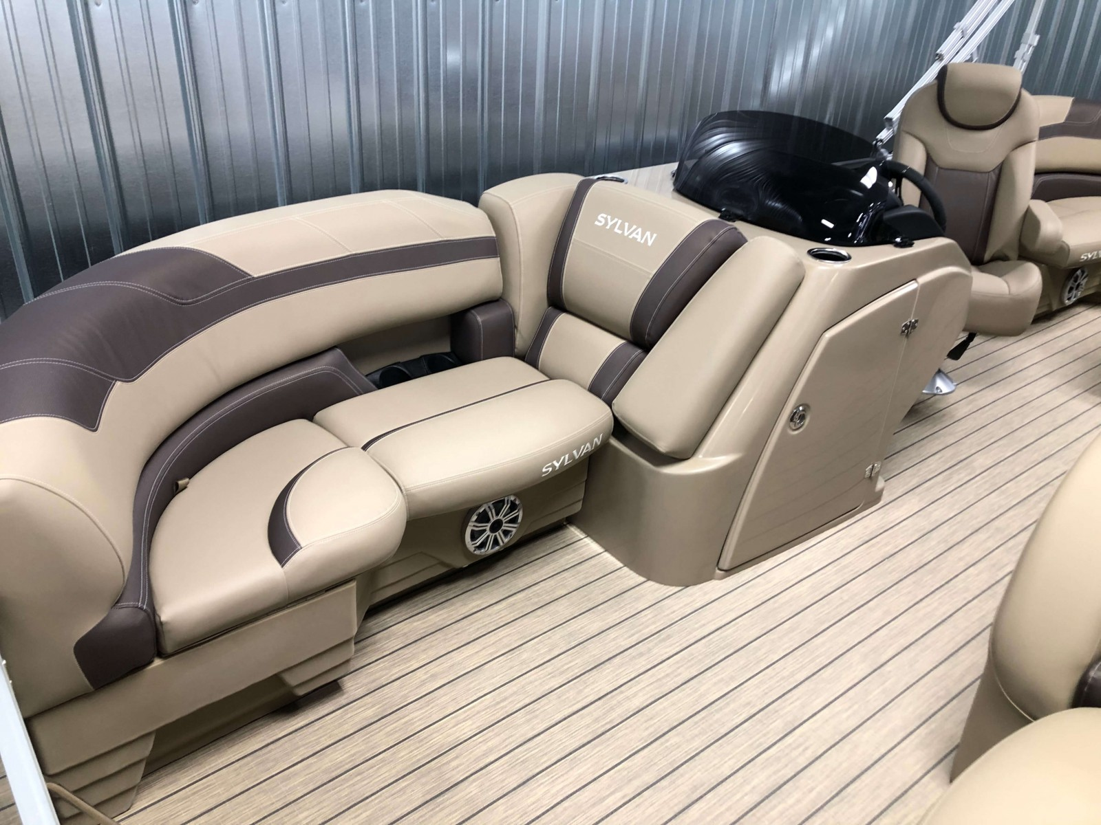 Interior Seating of the 2021 Sylvan L1 LZ Pontoon Boat