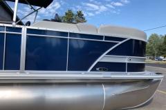 D-Rail Panel Design of the 2021 Sylvan L1 LZ Pontoon Boat