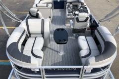 Teak Weave Vinyl Flooring of the 2021 Sylvan L1 LZ Pontoon Boat