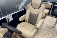 High Back Helm Chair of the 2021 Sylvan L1 LZ Pontoon Boat
