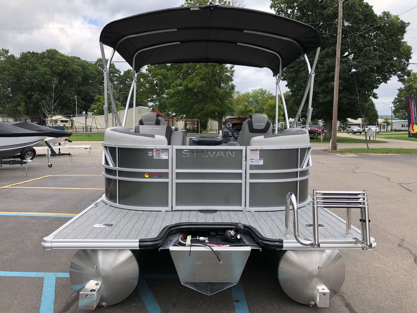 Rear Swim Deck of the 2021 Sylvan L1 LZ Pontoon Boat