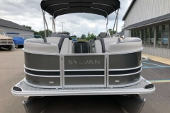 Bow Swim Deck of the 2021 Sylvan L1 LZ Pontoon Boat