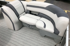 Soft Touch Vinyl Furniture of the 2021 Sylvan L1 LZ Pontoon Boat