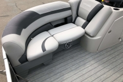 Grey Interior Accents on the 2021 Sylvan L1 LZ Pontoon Boat