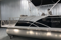 Silver Exterior Accents of the 2021 Sylvan L3 DLZ Pontoon Boat
