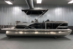 "25"" Pontoon Logs of the 2021 Sylvan L3 DLZ Pontoon Boat"