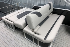 DLZ Seating Configuration of the 2021 Sylvan L3 DLZ Pontoon Boat