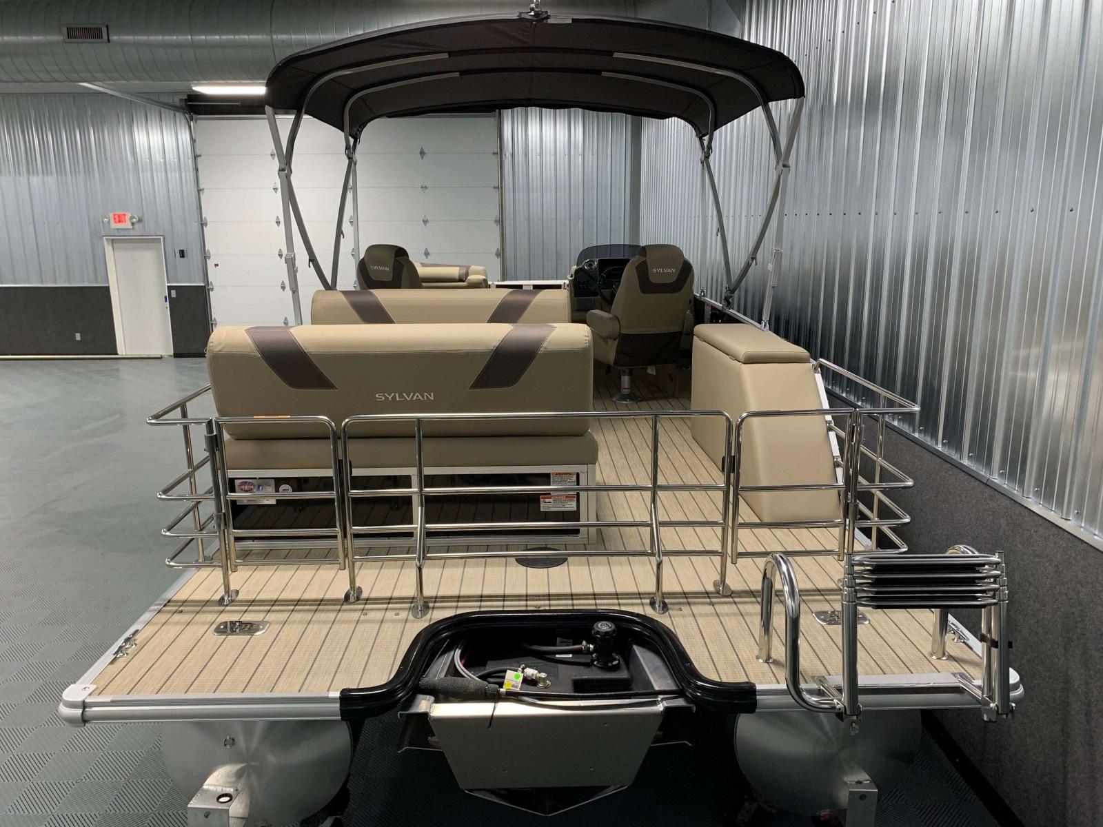 Extended Rear Swim Deck of the 2021 Sylvan L3 DLZ Pontoon Boat