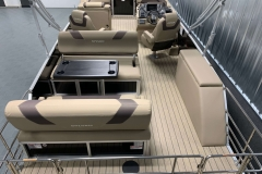 Teak Weave Vinyl Flooring of the 2021 Sylvan L3 DLZ Pontoon Boat