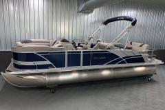 Interior/Exterior of the 2022 Sylvan L3 DLZ Pontoon Boat