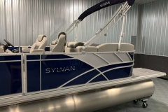 Silver Exterior Accents of the 2022 Sylvan L3 LZ Pontoon Boat