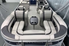 Wraparound Seating Configuration of the 2021 Sylvan L3 LZ Tritoon Boat
