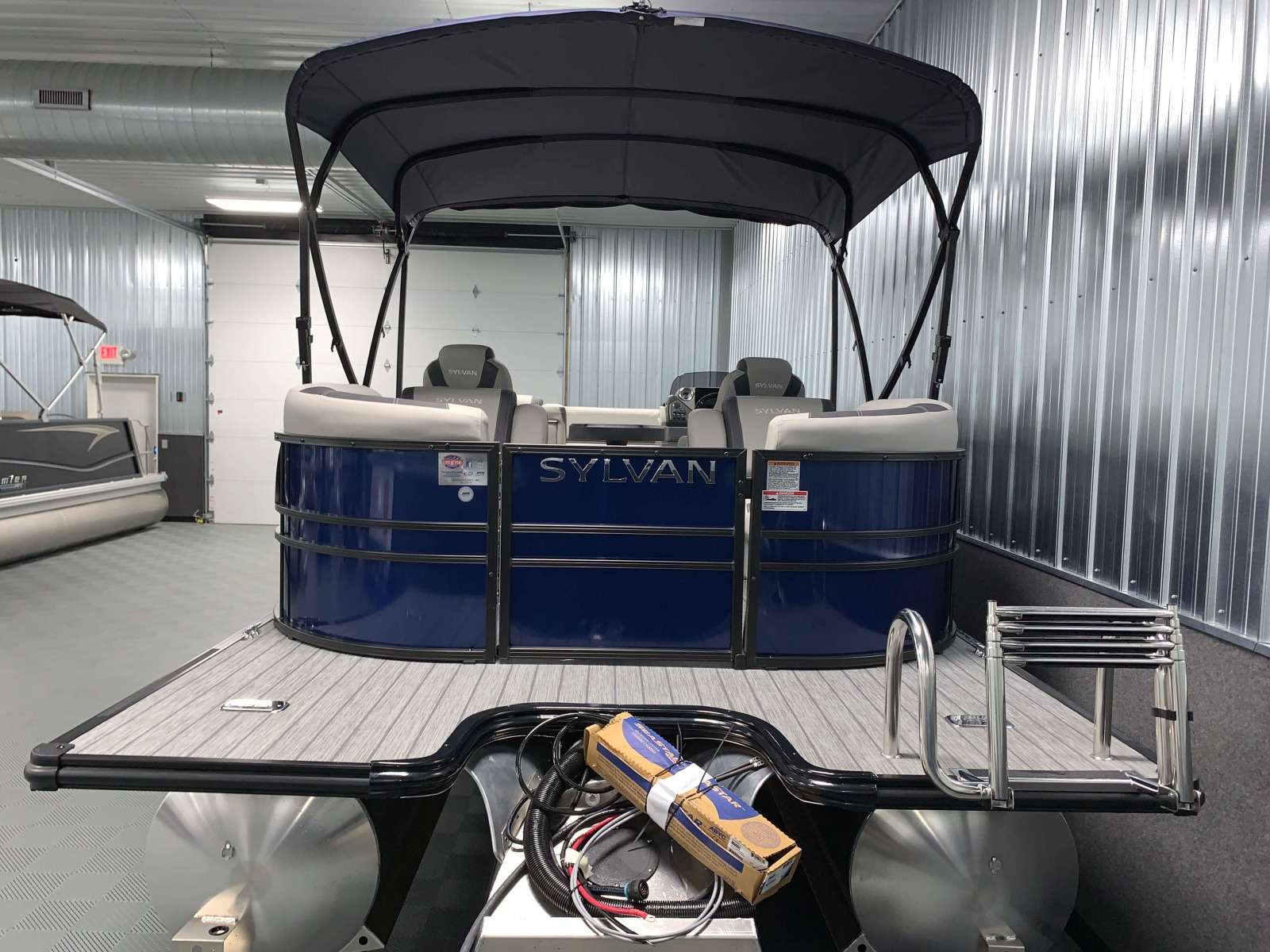 Extended Rear Swim Deck of the 2021 Sylvan L3 LZ Tritoon Boat