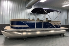 10' Bimini Top of the 2021 Sylvan L3 LZ Tritoon Boat