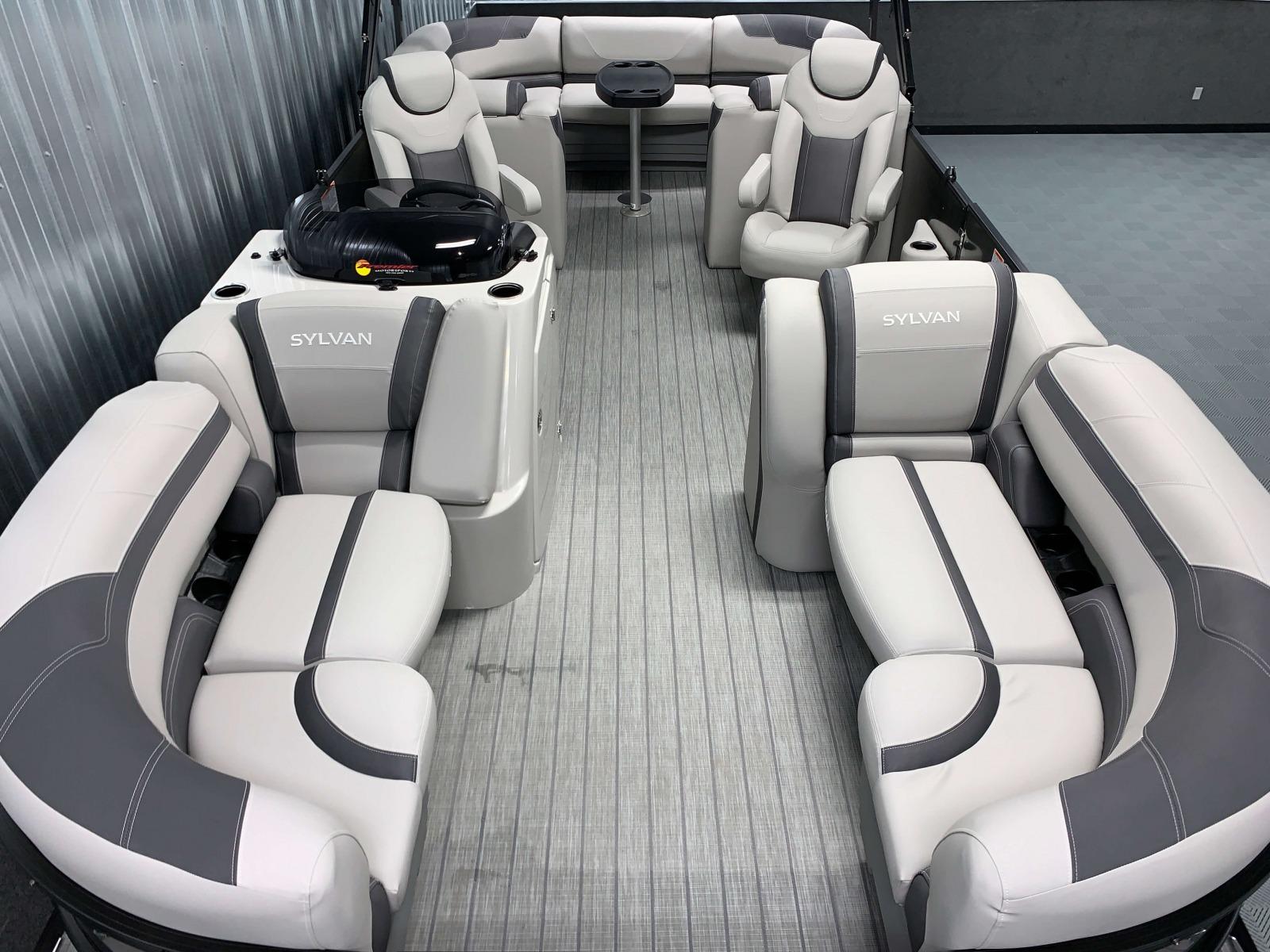 Interior Layout of the 2021 Sylvan L3 LZ Tritoon Boat