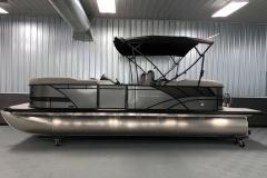 "25"" Pontoon Logs of the 2021 Sylvan L3 LZ Tritoon Boat"