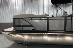 D-Rail Panel Design of the 2021 Sylvan L3 LZ Tritoon Boat