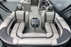Wraparound Seating Configuration of the 2021 Sylvan L3 LZ Tritoon Boat