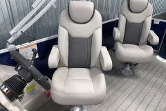 High Back Captain's Chair of the 2022 Sylvan L3 Party Fish Pontoon Boat