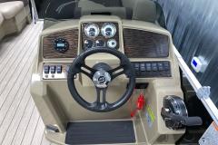 Bluetooth Jensen Stereo of a 2021 Sylvan Mirage 8520 LZ Tritoon Boat