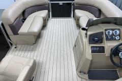 Interior Bow Layout of a 2021 Sylvan Mirage 8520 LZ Tritoon Boat