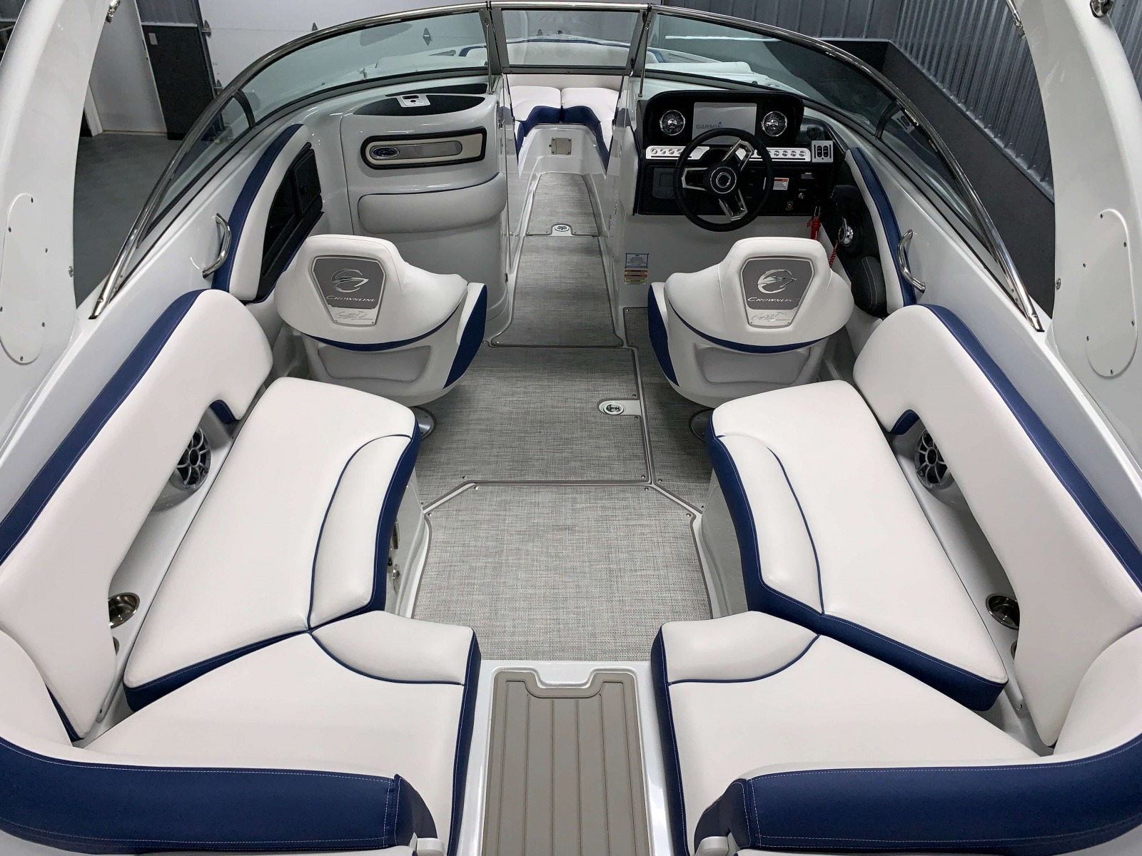 Interior Cockpit Layout of the 2021 Crownline 265 SS Bowrider Boat