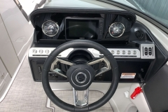 """Garmin 7"""" Touchscreen Display of the 2021 Crownline 270 XSS Bowrider Boat"""