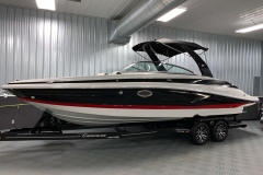 Ruby and Onyx Exterior Colors on the 2021 Crownline 280 SS Bowrider Boat