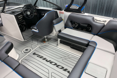 Pacific Blue Piping on the 2021 Moomba Craz Wake Boat