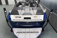 Transom Walk Across of the 2021 Moomba Max Wake Boat