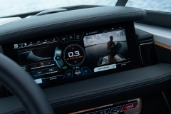 LINC Panoray Touchscreen Display of the 2022 Nautique 210 Wake Boat