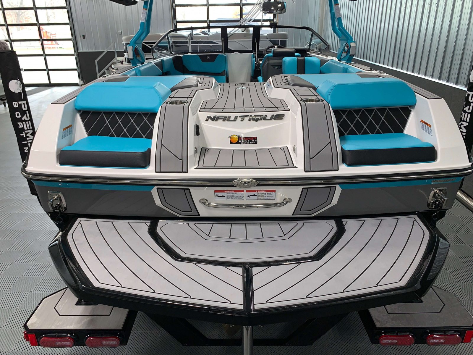 Transom Seats of the 2021 Nautique GS22 Wake Boat
