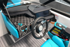 LINC Pannoray Touchscreen Display of the 2021 Nautique GS22 Wake Boat