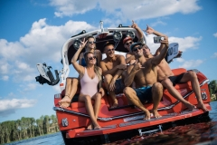 Transom Hangout on the 2022 Nautique G23 Wake Boat