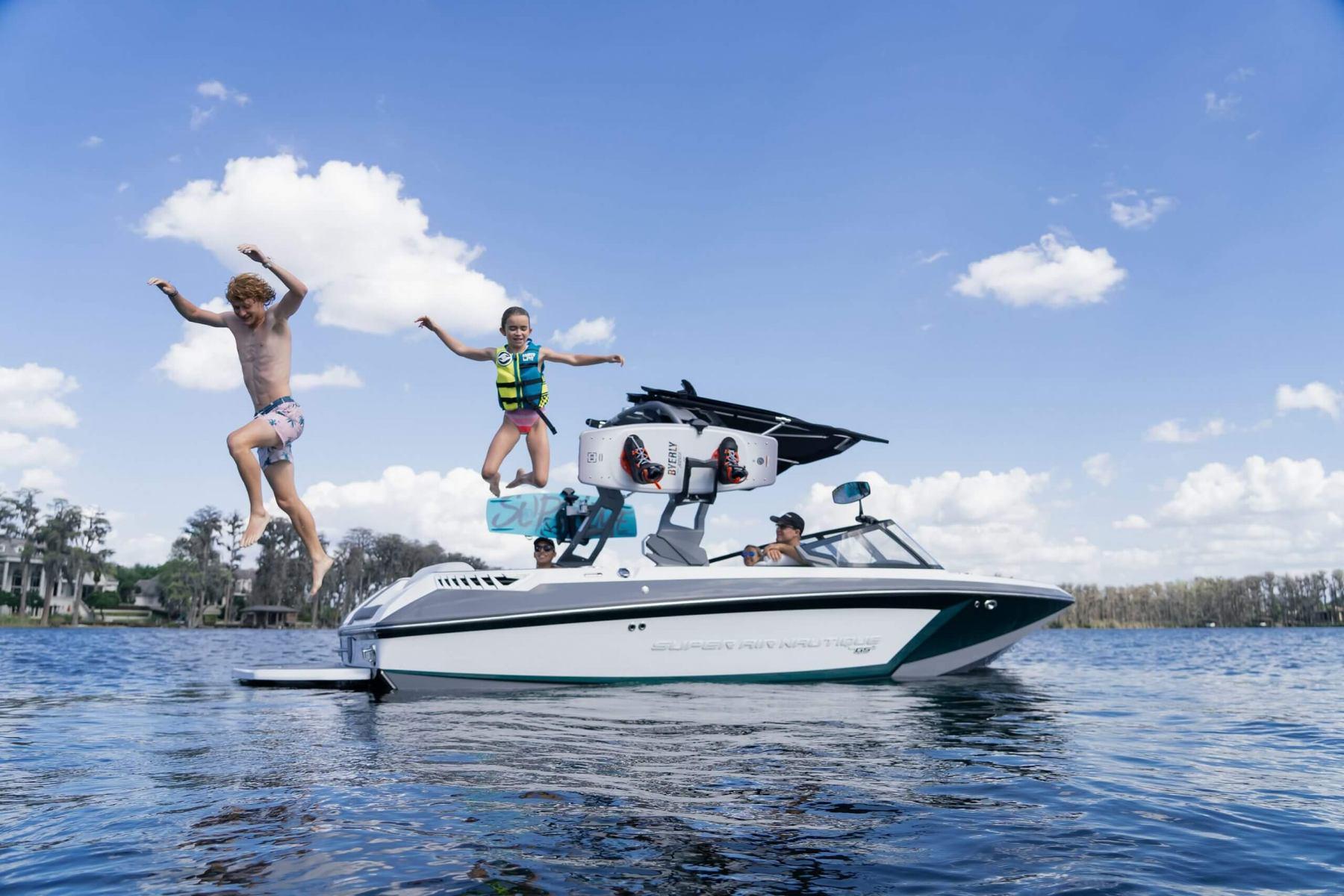 Lake Lifestyle on a 2022 Nautique GS20 Wake Boat