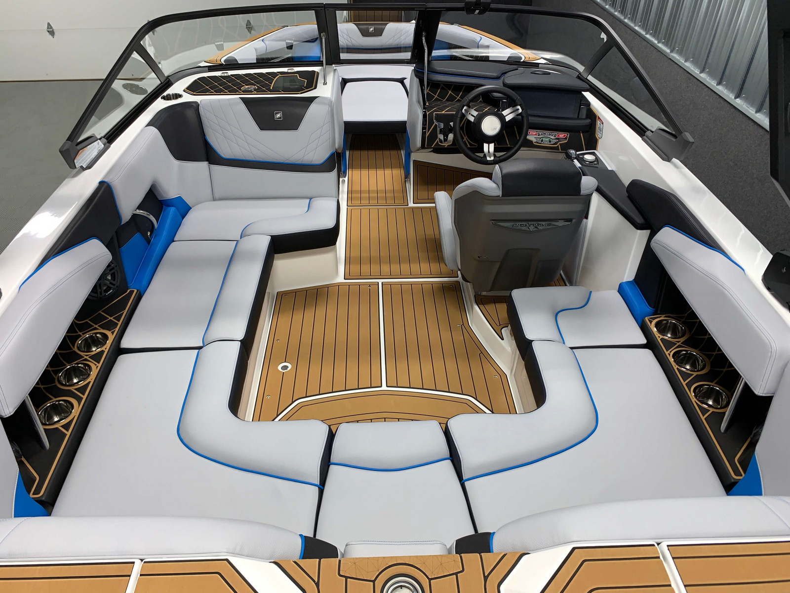 Interior Layout of the 2021 Nautique GS20 Wake Boat