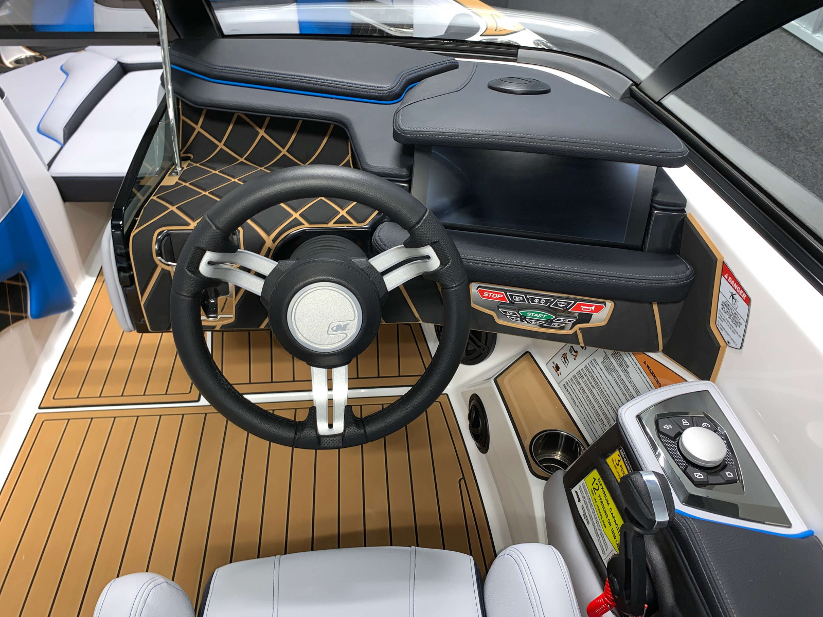 Helm of the 2021 Nautique GS20 Wake Boat
