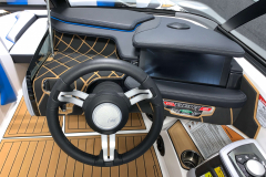 """12.4"""" LINC Pannoray Touchscreen of the 2021 Nautique GS20 Wake Boat"""
