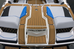 Transom Walkthrough of the 2021 Nautique GS20 Wake Boat