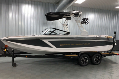 Anthracite Metal Flake on the 2021 Nautique GS22 Wake Boat